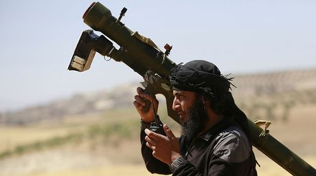 Phien quan doi phuong Tay cap MANPAS chong lai may bay Nga, Syria - Anh 1