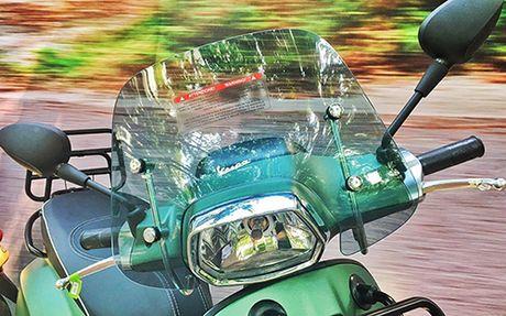Vespa Sprint Adventure gia 80 trieu dong - Anh 4