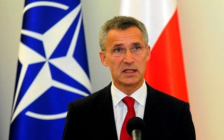 4 may bay trinh sat cua My, NATO va Thuy Dien cung 'nhom ngo' Nga - Anh 2