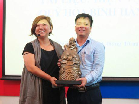 Han Quoc trao tang hien vat cho Bao tang Da Nang de 'Thanh that xin loi Viet Nam'! - Anh 1