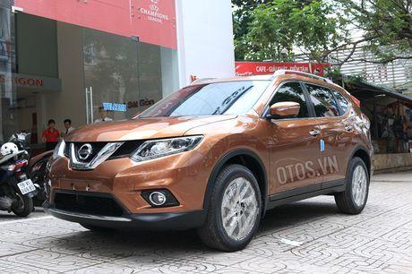 So sanh Nissan X-Trail va Honda CR-V: Crossover 5 cho nao dang dong tien? - Anh 2