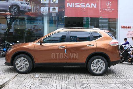 So sanh Nissan X-Trail va Honda CR-V: Crossover 5 cho nao dang dong tien? - Anh 5