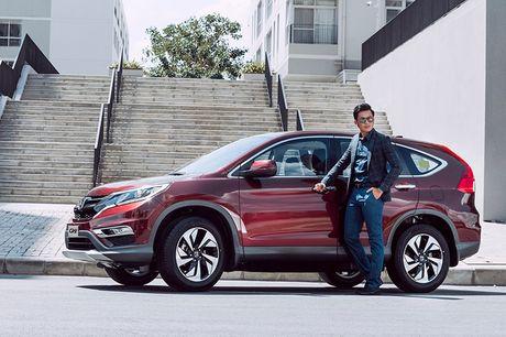 So sanh Nissan X-Trail va Honda CR-V: Crossover 5 cho nao dang dong tien? - Anh 6