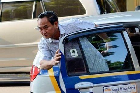 Thu truong Bo Tai chinh 'tiet lo' tien nhan duoc tu khoan xe cong - Anh 1