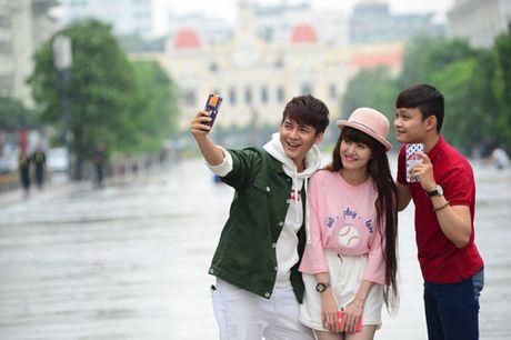 Thoai mai the hien muon sac thai voi op lung ca tinh va gay selfie da nang - Anh 5