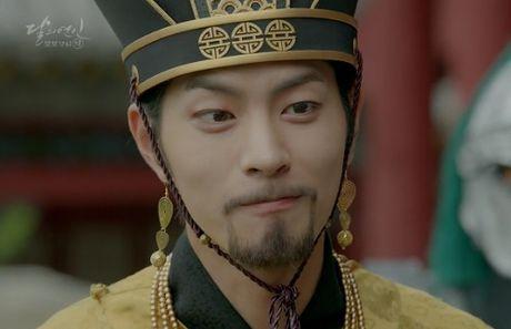 Nguoi tinh anh trang tap 15: Lee Jun Ki bi ep giet em trai - Anh 1