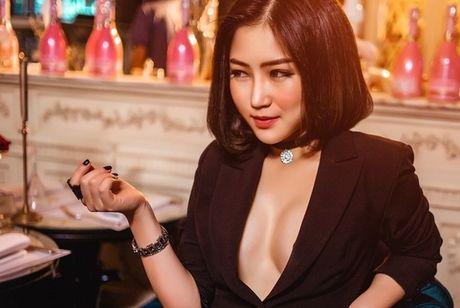 Nhung lan hiem hoi Huong Tram dien bikini - Anh 5