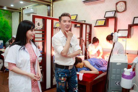 Dam Vinh Hung duoc moi nguoi goi la 'sieu nhan' - Anh 2
