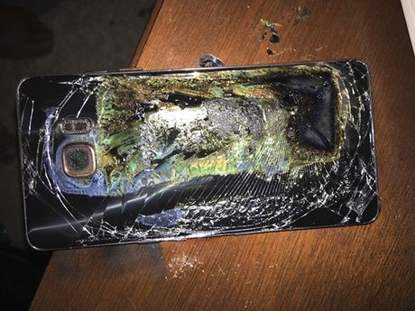"""My mo cuoc dieu tra ve loi trong Galaxy Note 7 """"an toan"""" - Anh 1"""
