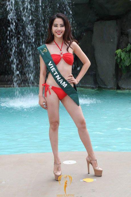 Nam Em trinh dien bikini cuon hut cung cac nguoi dep tai Miss Earth - Anh 2