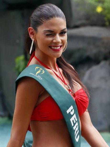 Nam Em trinh dien bikini cuon hut cung cac nguoi dep tai Miss Earth - Anh 9