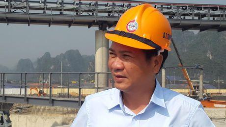 Quang Ninh: Me than dau tien duoc rot thang tu khai truong xuong tau bien - Anh 10
