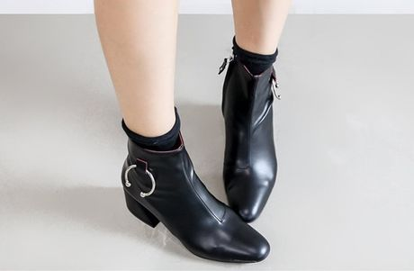Thu den roi, sam ngay ankle boots thoi - Anh 13