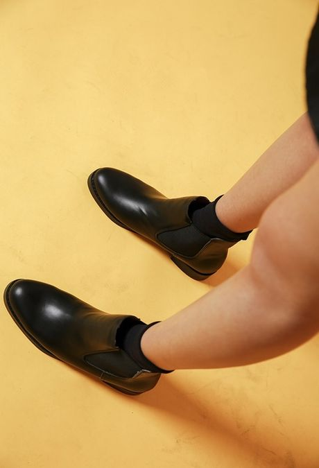 Thu den roi, sam ngay ankle boots thoi - Anh 17