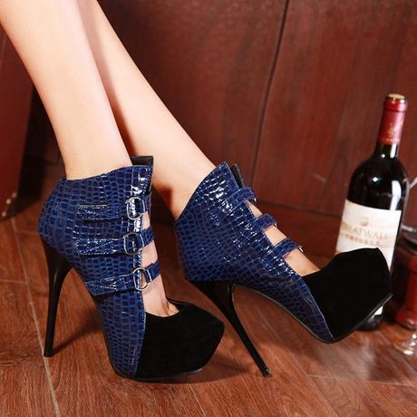 Thu den roi, sam ngay ankle boots thoi - Anh 3