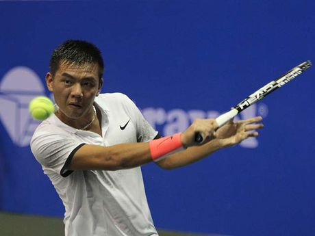 Hoang Nam xuat sac qua vong 1 Vietnam Open - Anh 1