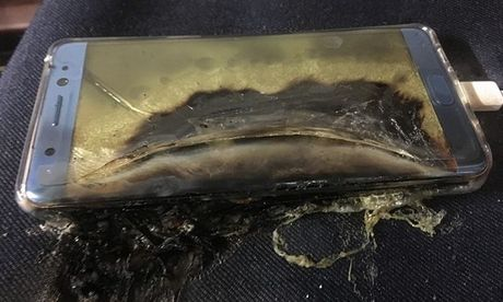 Galaxy Note 7 phat no, Samsung Electronics cat giam loi nhuan quy III/2016 - Anh 1