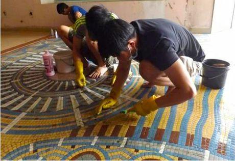 3 thang boc gach mosaic o Thuong xa Tax Sai Gon - Anh 2