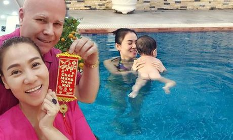 Thu Minh lo chong Tay cham soc con nho khong kheo vi ly do nay - Anh 1