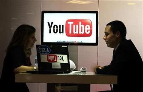 YouTube mua lai FameBit - Anh 1