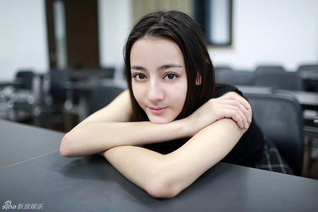 Nhung guong mat nu 'chuan khong can chinh' cho 'SCI Me An Tap' phien ban ngon tinh - Anh 12