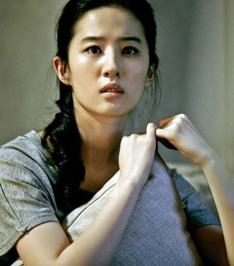 Nhung guong mat nu 'chuan khong can chinh' cho 'SCI Me An Tap' phien ban ngon tinh - Anh 2