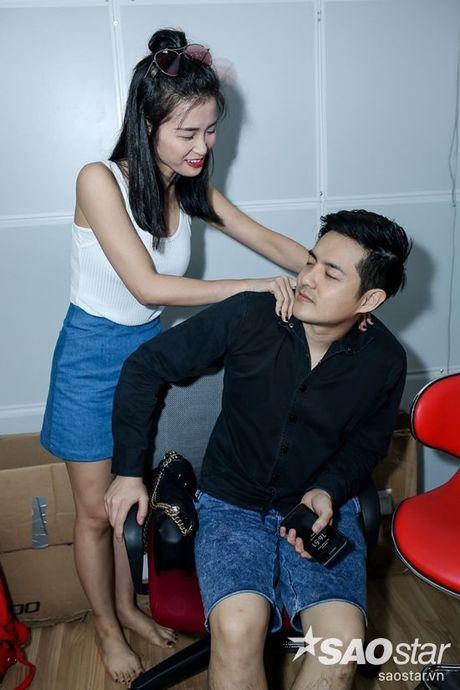 Dong Nhi - Ong Cao Thang doi mua tap luyen cho hoc tro truoc Liveshow 5 - Anh 6