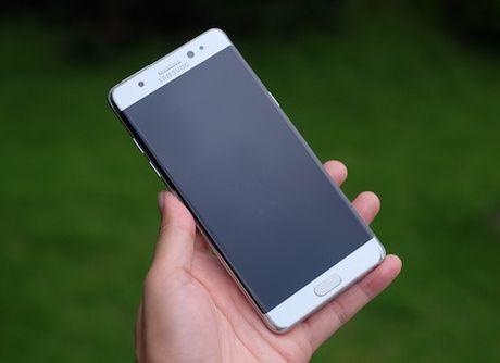 Hanh trinh cua Galaxy Note 7 - smartphone dep nhung doan menh - Anh 1