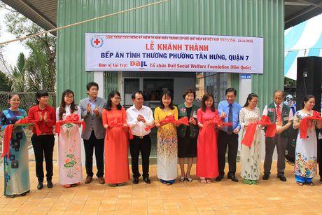 LOTTE Mart dong hanh cung DAIL khanh thanh bep an tu thien thu 2 tai TP.HCM - Anh 1