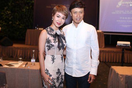Uyen Linh mong duoc song ca voi Tuan Ngoc - Anh 1