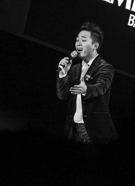 Uyen Linh mong duoc song ca voi Tuan Ngoc - Anh 4