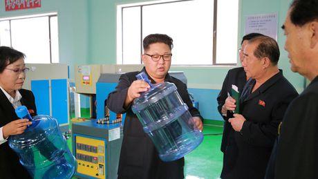 Sinh nhat cua ong Kim Jong-un se la ngay nghi quoc gia - Anh 1