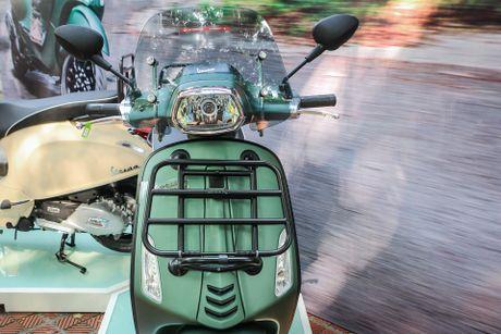 Vespa Sprint ABS ban dac biet gia 80 trieu tai Viet Nam - Anh 2