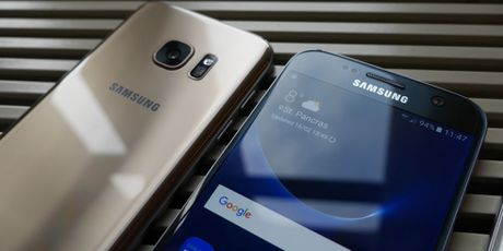 Galaxy S8 co the co 2 phien ban, tro ly ao canh tranh Siri - Anh 1