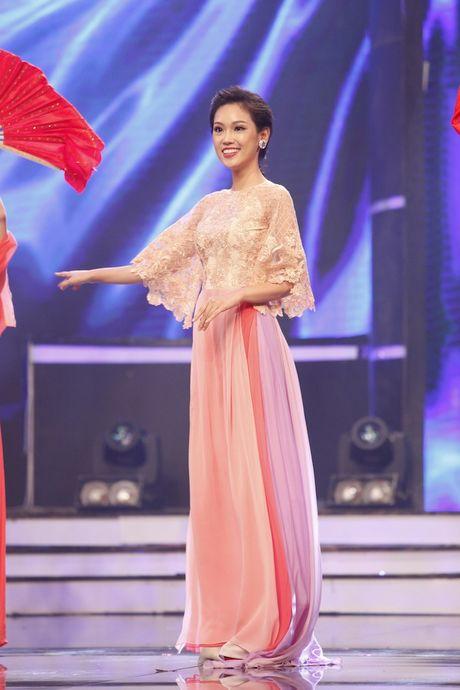 Nu sinh vien Dai hoc Y khoa Pham Ngoc Thach 'am' giai Dai su Du lich tai Nhat - Anh 8