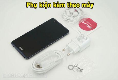 Clip: Mo hop smartphone pin 'trau' nhat the gioi vua len ke - Anh 2