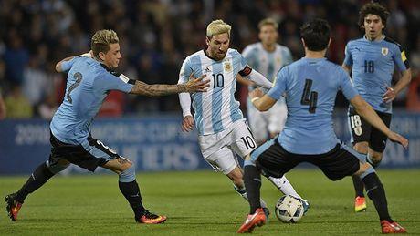 Argentina thua tham, con ai che Messi kem Maradona? - Anh 1