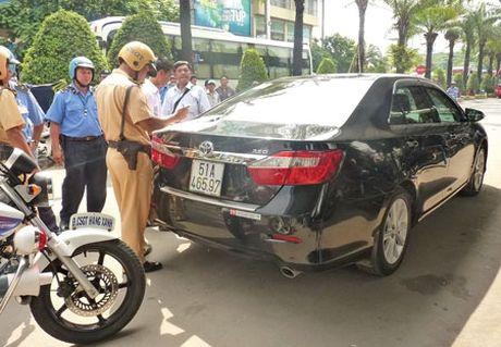 Quang cao 'Sai gon that thu', Uber bi de nghi xu ly - Anh 1