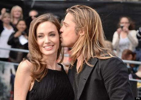 Brad Pitt & Angelina Jolie se lai ve chung nha vi ap luc cua cac con? - Anh 1