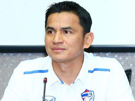 Thai Lan sap het hy vong du World Cup, HLV Kiatisuk noi gi? - Anh 1