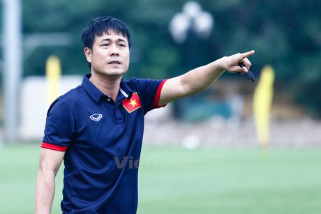 Huu Thang khang dinh khong thien vi cau thu Hoang Anh Gia Lai - Anh 1