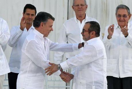 Chinh phu Colombia va FARC keu goi hoa giai dan toc vi hoa binh - Anh 1