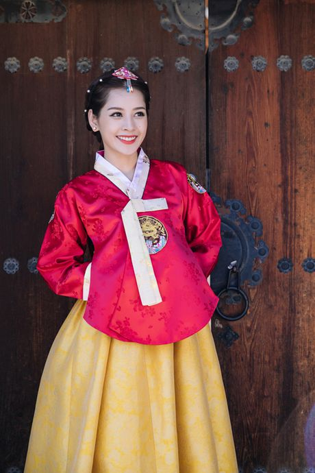 Chi Pu mac hanbok xinh khong thua a hau Han Quoc - Anh 1