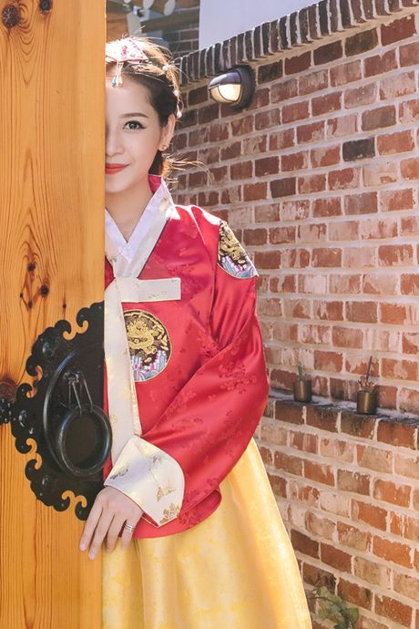 Chi Pu mac hanbok xinh khong thua a hau Han Quoc - Anh 7