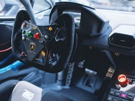 Ngan ngo voi sieu bo Lamborghini Huracan LP 620-2 ST - Anh 2