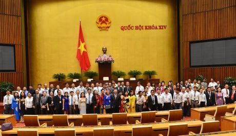 Doan Nong dan Viet Nam xuat sac 2016 vao tham Quoc hoi - Anh 10