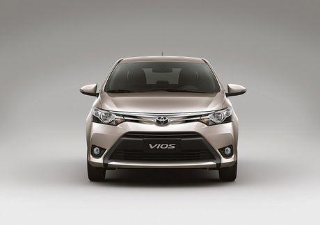 Toyota Viet Nam ban hon 5.000 xe trong thang 9 - Anh 1