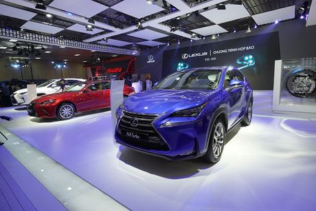 Toyota Viet Nam ban hon 5.000 xe trong thang 9 - Anh 3