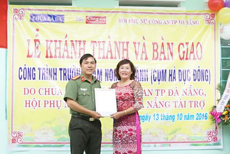 Khanh thanh va ban giao Truong mam non Dai Lanh do Chua Ba Da, Bao Cong an TP Da Nang va Hoi Phu nu Cong an TP Da Nang tai tro - Anh 2