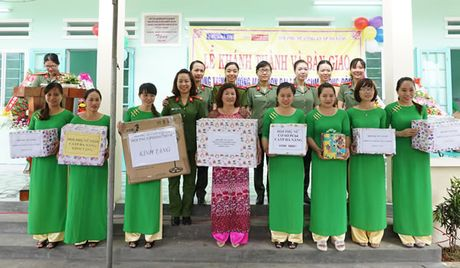 Khanh thanh va ban giao Truong mam non Dai Lanh do Chua Ba Da, Bao Cong an TP Da Nang va Hoi Phu nu Cong an TP Da Nang tai tro - Anh 5